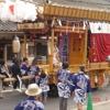 前川区5-本町公民館前での「祝儀踊り!」